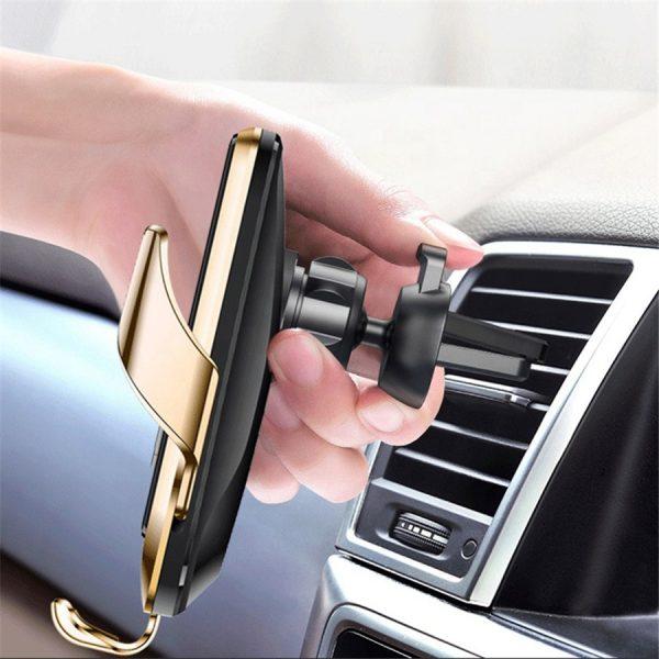 langaton puhelimen laturi / pidike autoon, automaattisesti aukenevat ja sulkeutuvat siivekkeet, pako store verkkokauppa lahti